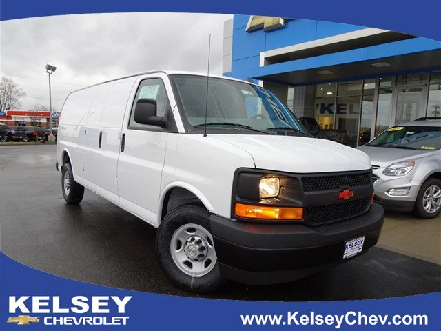 New 2017 Chevrolet Express 3500 Work Van