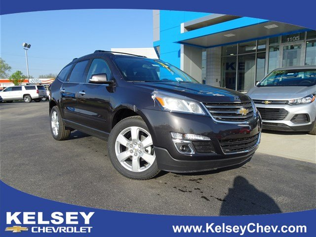 New 2017 Chevrolet Traverse LT FWD SUVs